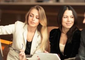 Social Media Agentur für Banken und Finanzen: Strategie, Marketing und Reichweite