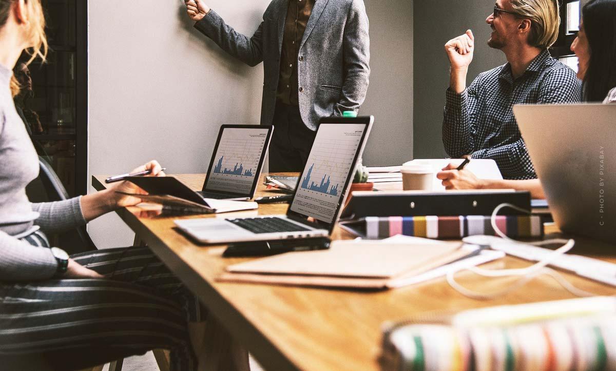 Personalmarketing (Recruiting) mit Social Media: Maßnahmen & Instrumente - 9 Tipps!