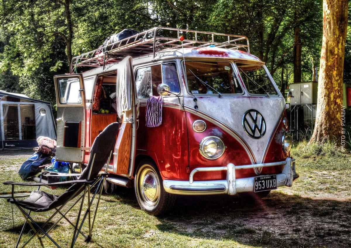 Vanlife Stories: Vorteile, Erfahrungen, Low Budget DIY Ausbau & Van Tour finanzieren